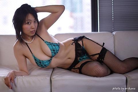 坂ノ上朝美Gカップ美巨乳おっぱい画像-4b05.jpg