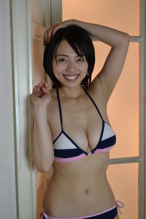坂ノ上朝美Gカップ美巨乳おっぱい画像-4b29.jpg