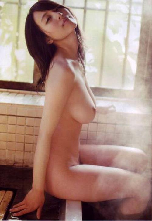 坂ノ上朝美Gカップ美巨乳おっぱい画像-b09.jpg