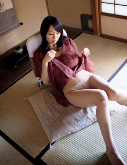 坂ノ上朝美Gカップ美巨乳おっぱい画像-b12.jpg