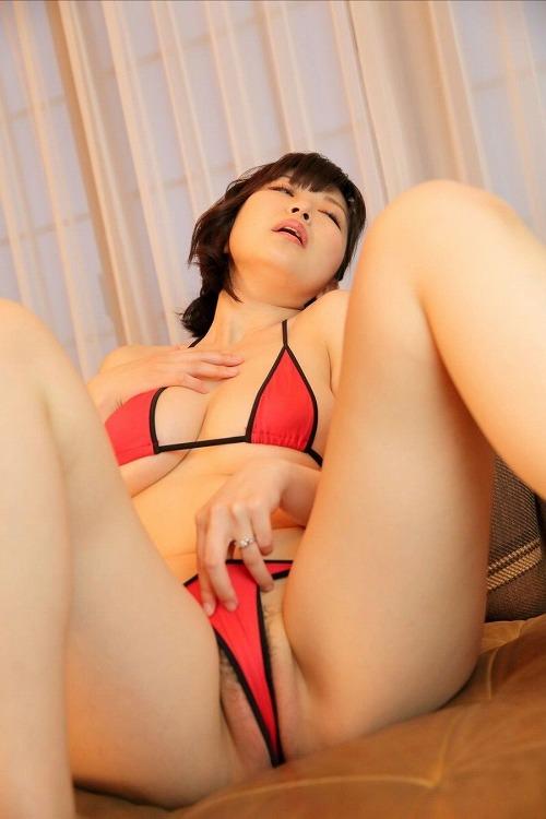 青島ゆうこ美巨乳おっぱい-a12.jpg