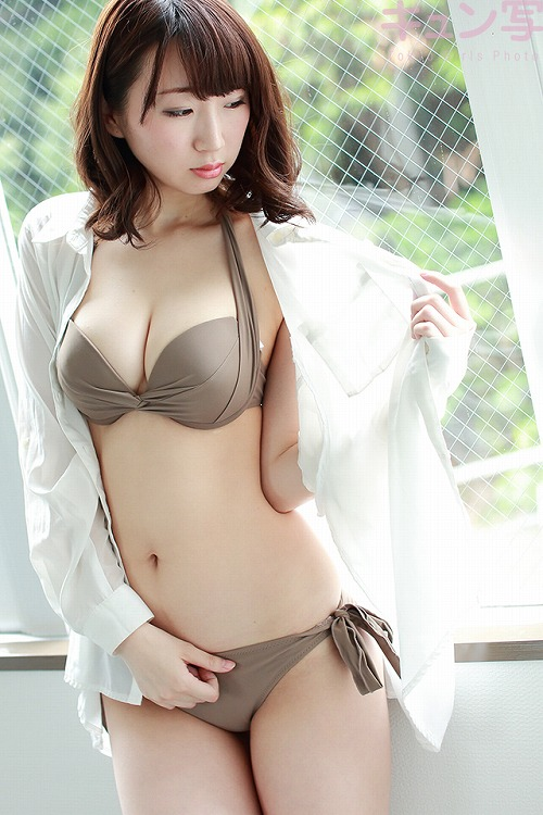 荒井華奈Gカップ巨乳おっぱい画像3a01.jpg