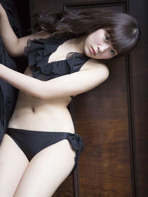 多田愛佳水着おっぱい画像2b09.jpg