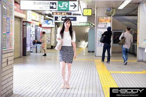 福田沙耶Gカップ美巨乳おっぱい画像e01.jpg