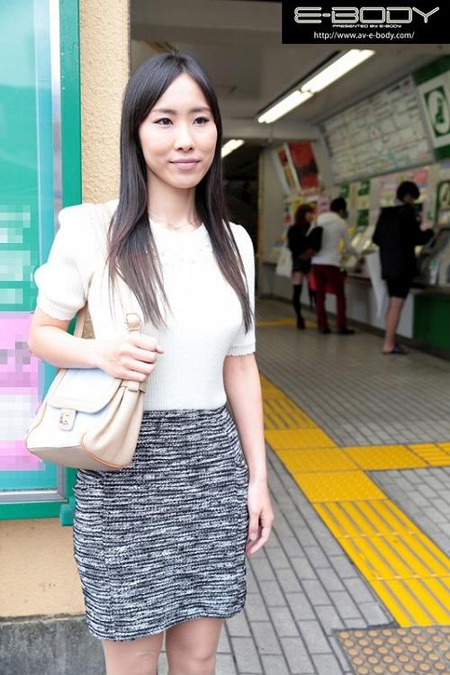 福田沙耶Gカップ美巨乳おっぱい画像e02.jpg