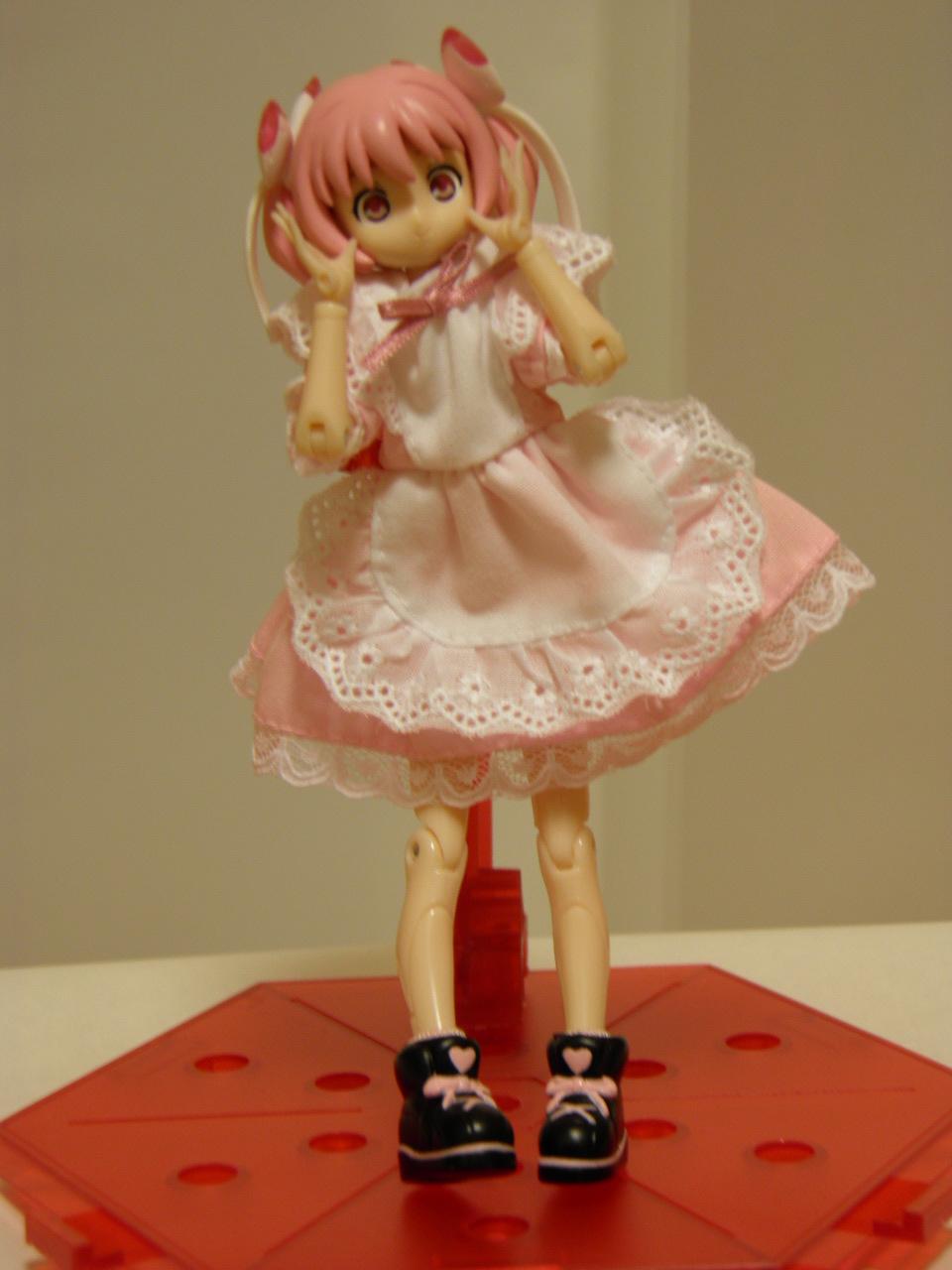 ピンクメイド (4)