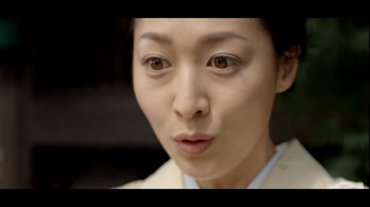 【ウルトラマンメビウス】ミサキ女史(石川紗彩)どん兵衛カレーうどんCM第5弾に登場1