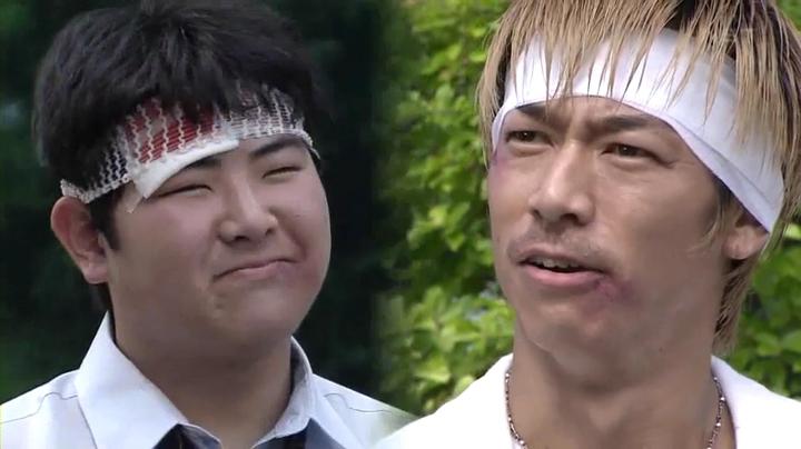 鬼塚と黒川博幸(佐藤王宝)