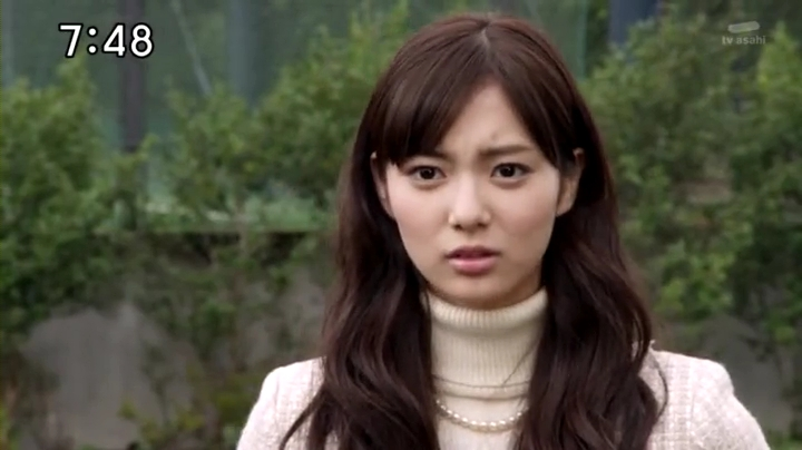 2代目【GTO】上原杏子(新川優愛)【ゴーバスターズ】に登場!素顔の杏子(正面)