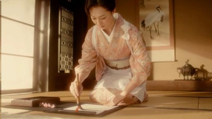 【メビウス】ミサキ女史どん兵衛CM第12弾に登場!ミサキ女史は書道の心得?