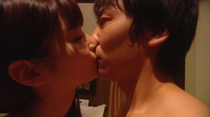 2代目【GTO】上原杏子がキス&ベットシーン!?杏子のキスシーン