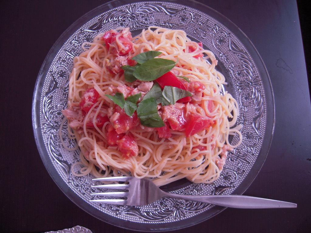 トマトとツナの冷製パスタ☆1