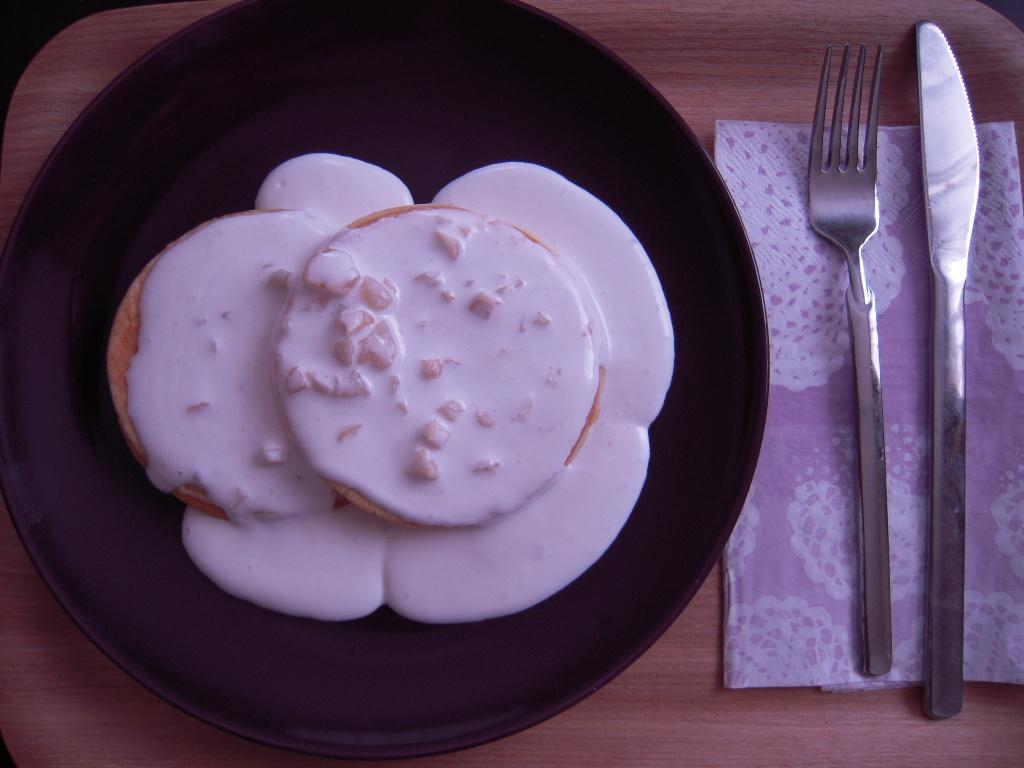 マカダミアナッツソースのパンケーキ☆