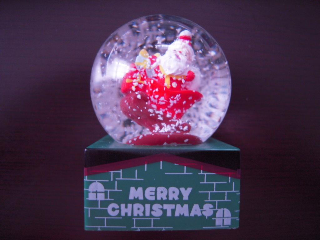 セリア☆ クリスマスドームオーナメント☆2