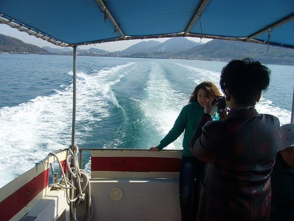海上タクシーで粟島へ