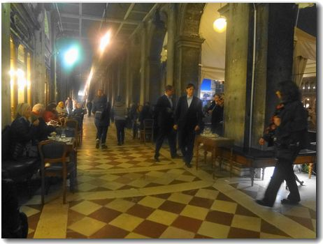 20121125cafe.jpg
