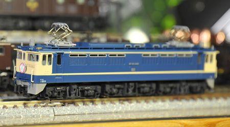 2-10EF65_R.jpg
