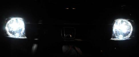 ヘッドライトとスモール_R