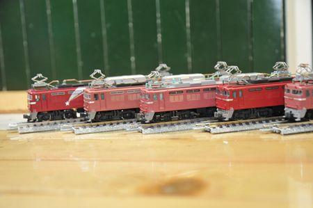 5-12EF81_R.jpg