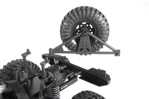 ax90028_scx10_jeep_rtr_chassis_rear_bumper_tire_carrier_step_03_800x533.jpg