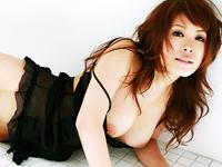 【無修正】可愛い顔して自ら腰を振るG-cup美巨乳美女!