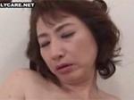 段腹熟女 : 素敵な段腹熟女のおしゃぶりとオナニー!