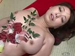 本日の人妻熟女動画 : 【素人】熟女の女体盛り!今日のおすすめは赤貝だよ~♪