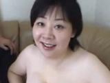 えろえろ動画ちゃんねる:【無修正】44歳巨乳ぽっちゃり熟女のパイズリ