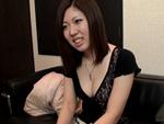 エロ2MAX : 【無修正】前垣麻水25歳 騙され上手?なムッチリお姉さん!