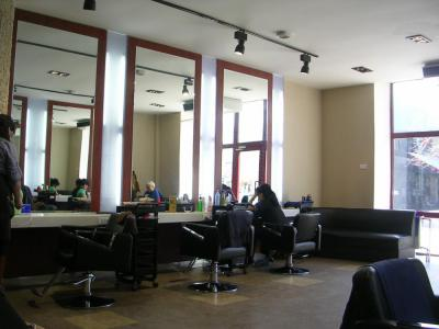 MongolianHairSalon3