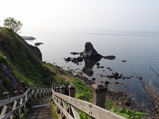 文珠岩へ続く階段・・・