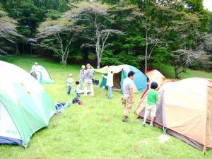 森のたね 猟師キャンプ テント設営