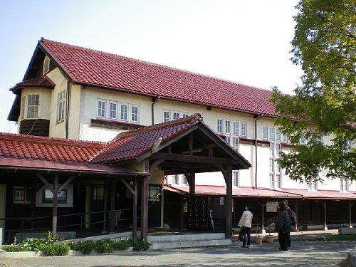 近江兄弟社学園4