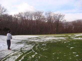 2H アプローチ 雪の上