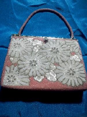 ピンクに白い花のビーズバッグCAJY705O