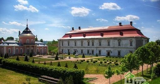 ゾロチフ城 全景