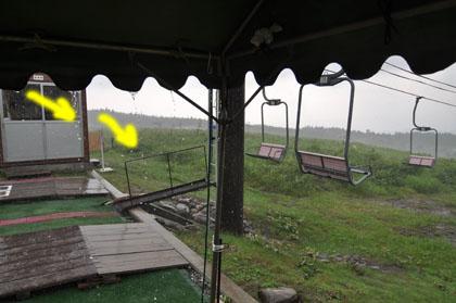 207雨宿り