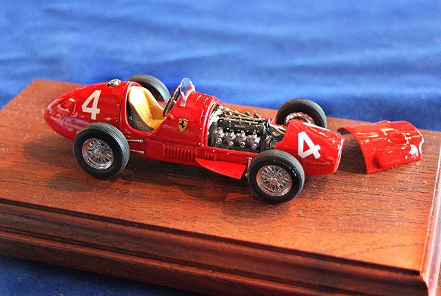 3008 フェラーリ 500 F2 640
