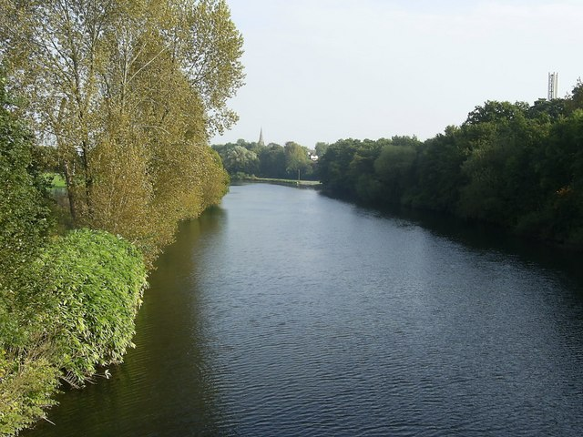 River_Taff_-_geograph_org_uk_-_1530156.jpg