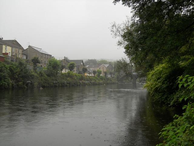 River_Taff_Pontypridd_Wales_2.jpg