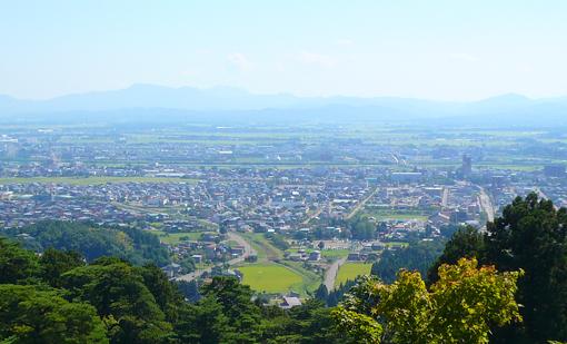 春日山城から観た