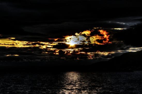 桜島の朝日