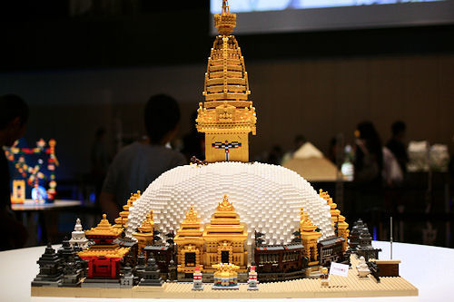 レゴ スワヤンブナート寺院