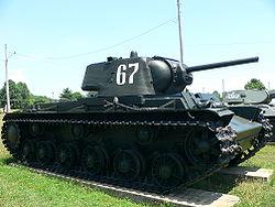 Soviet_KV_tank_2.jpg