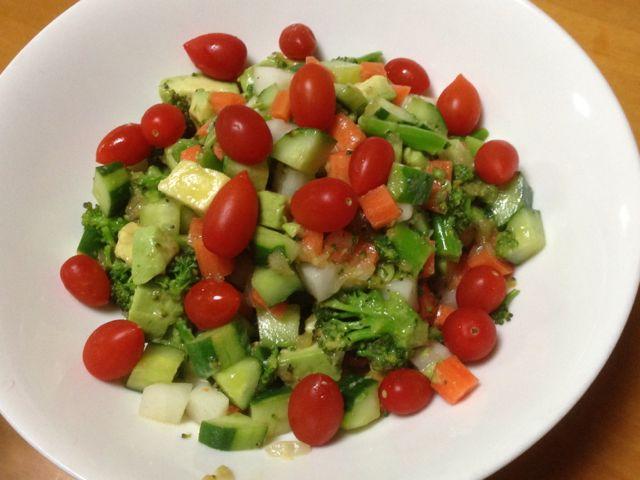 野菜キューブサラダ