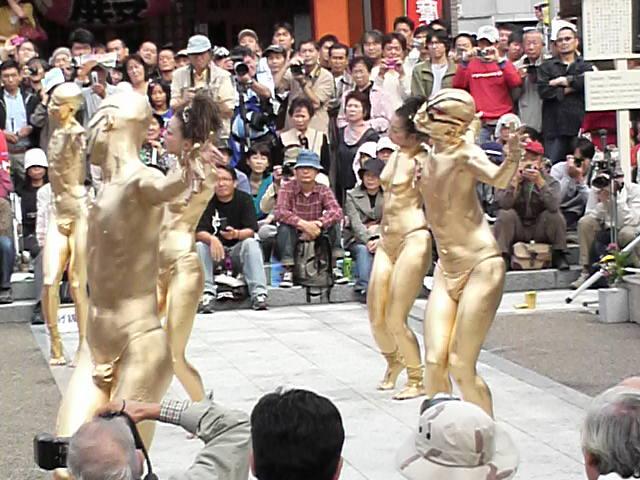 金粉ショー2