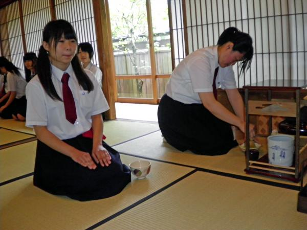 新発田商業高等学校制服画像