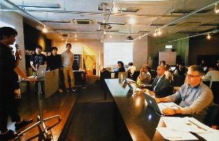 東京・銀座で毎月1回開かれるリクルートの<br />社内ベンチャー制度の審査会