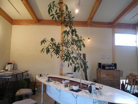 木植わりテーブル