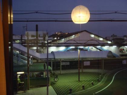 PC230079_convert_20121226122100[1]宿の前那智勝浦駅